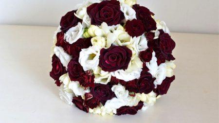 rose, freesia, lisianthus russell