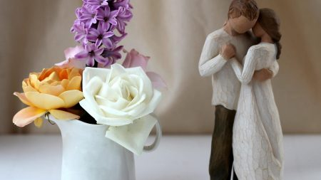 rose, hyacinth, figurine