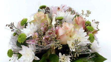 roses, chrysanthemums, leaves