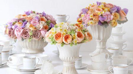 roses, daffodils, ranunkulyus