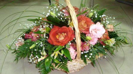roses, gypsophila, alstroemeria
