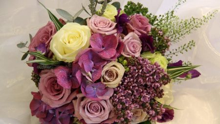 roses, lilacs, flowers