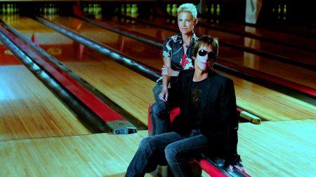 roxette, bowling, glasses