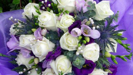 russell lisianthus, roses, freesia