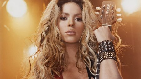 shakira, guitar, light