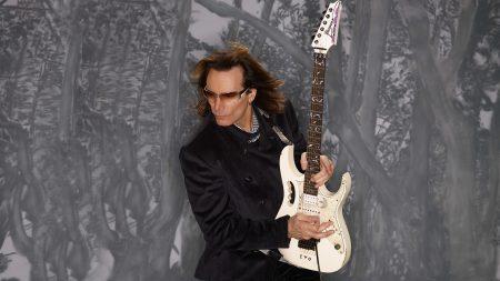 steve vai, guitar, glasses