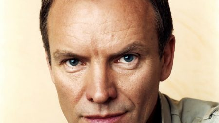 sting, face, look