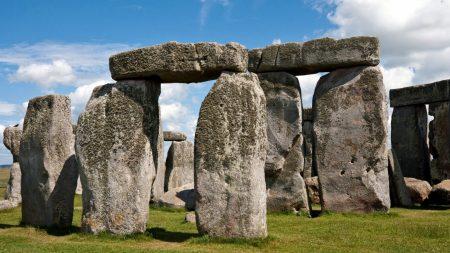 stonehendge, stones, grass