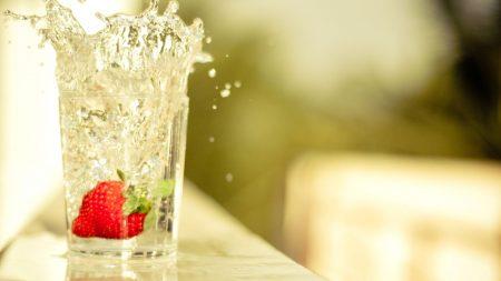 strawberry, glass, splashes