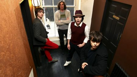 supergrass, band, corridor