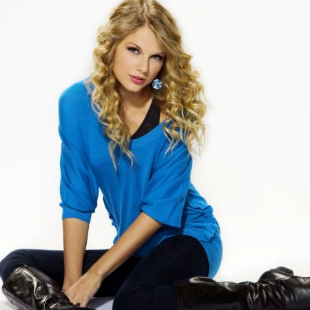 taylor swift, blonde hair, style