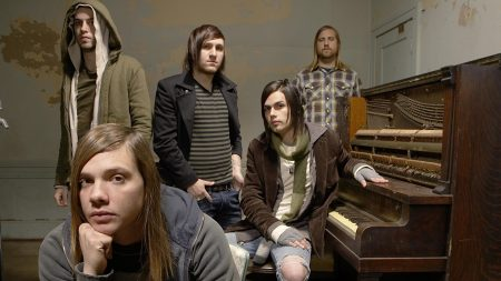 the red jumpsuit apparatus, band, piano