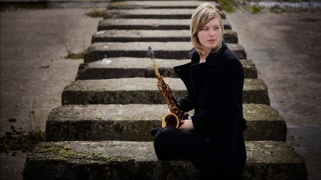 tineke postma, girl, saxophone