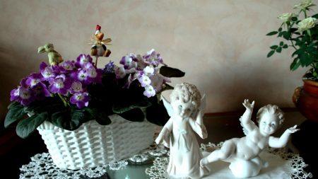 violets, basket, napkins