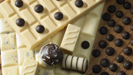 white chocolate, candy, dark chocolate