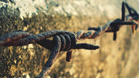 wire, rust, mounting